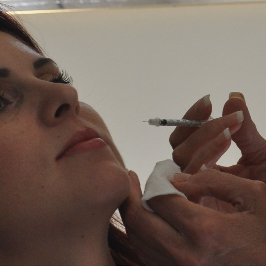 Needles used in Botox treatment are very small.